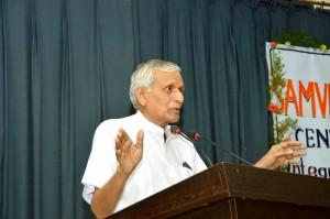 Dr. Bajranglal Ji speaking